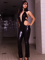 Gorgeous Desyra dressed in a latex